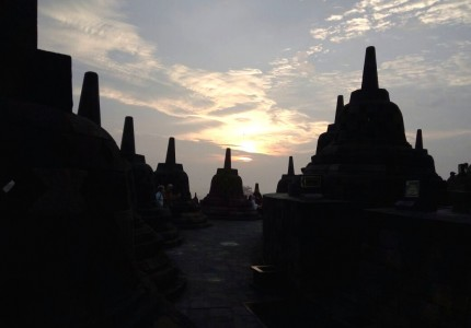 3 Day Private Tour to Borobudur Sunrise, Merapi Volcano Jeep, Sightseeing & Prambanan Temple