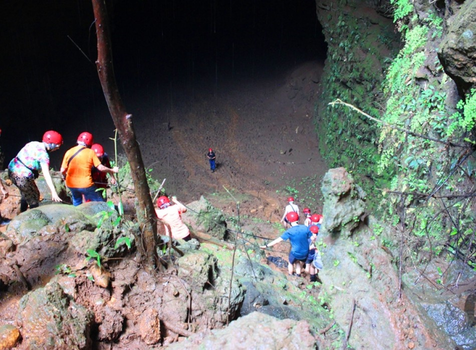 Adventures to Pindul Cave & Jomblang Cave Tour with Timang Island Gondola Ride