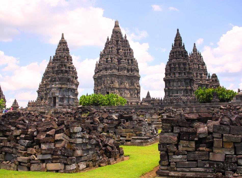 Borobudur Temple, Merapi Jeep & Prambanan Temple