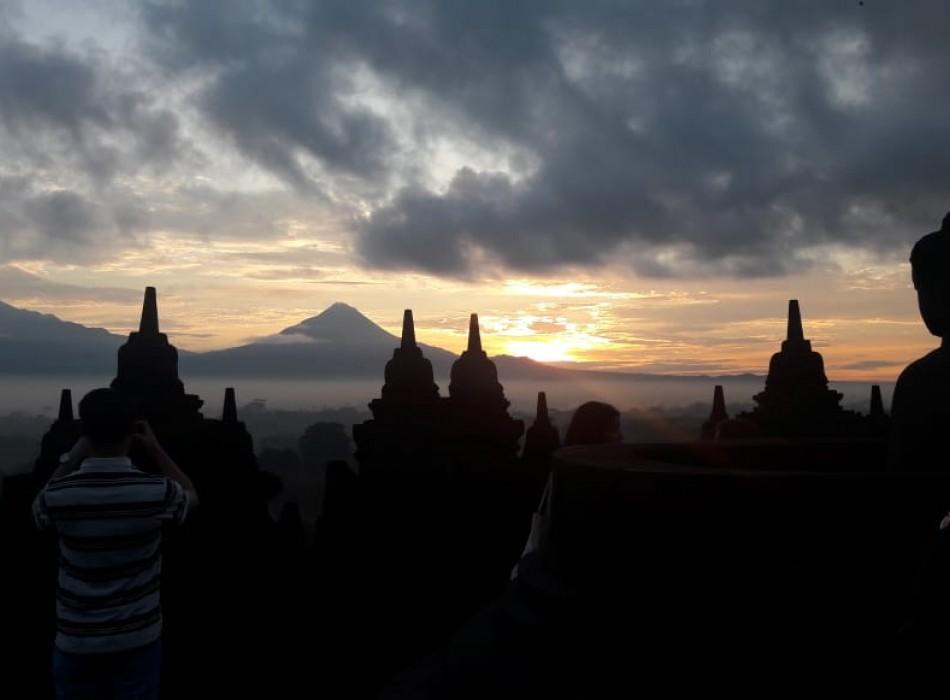 Borobudur Sunset Tours