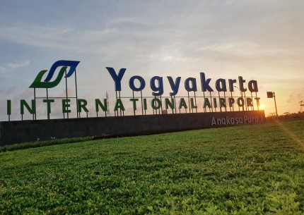 Arrival Transfer - Pick up service from Yogyakarta Airport to Hotel in Yogyakarta area